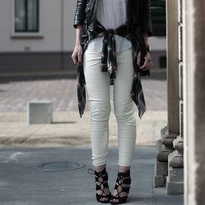 Zara medium rise slim fit white leather pants